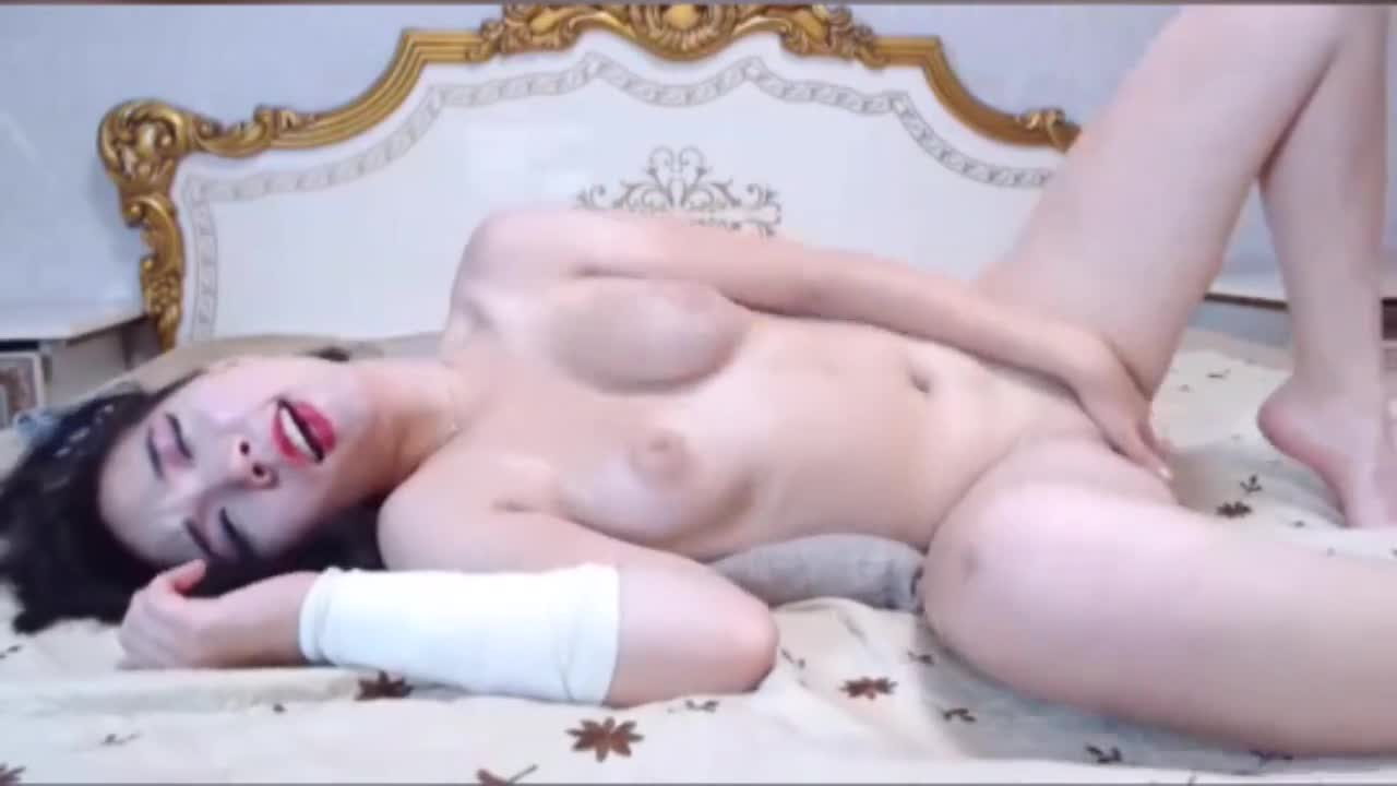 Hot girl live with vibrator part 3